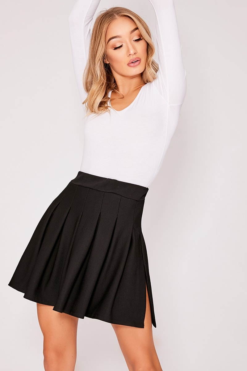 NIAH BLACK TENNIS MINI SKIRT