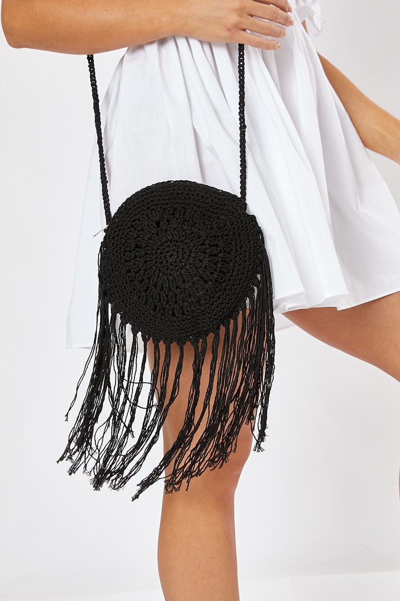 BLACK CROCHET CIRCLE TASSEL BAG