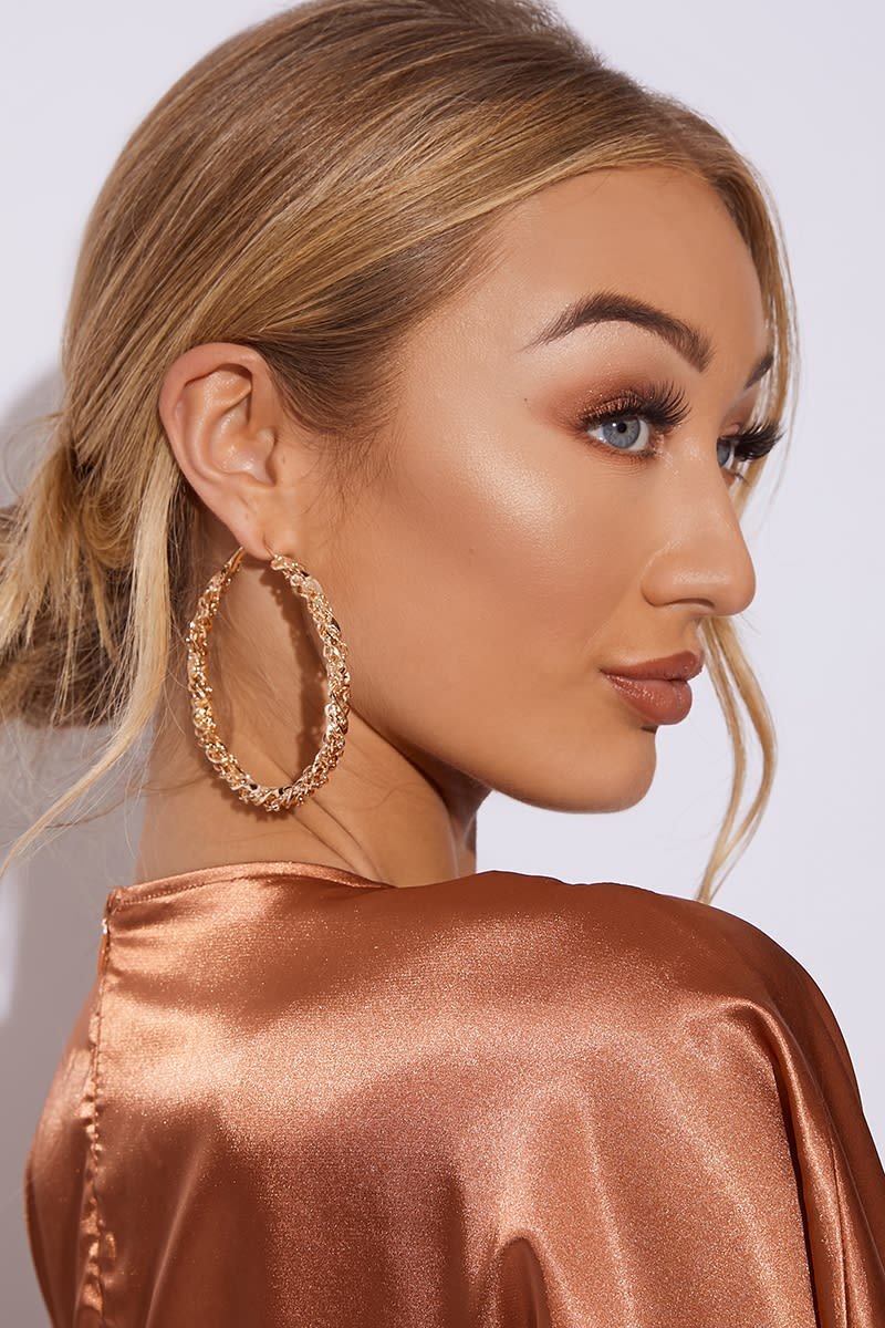 GOLD THICK TWISTED HOOP EARRINGS