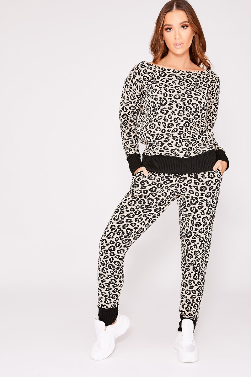stone leopard knitted lounge set