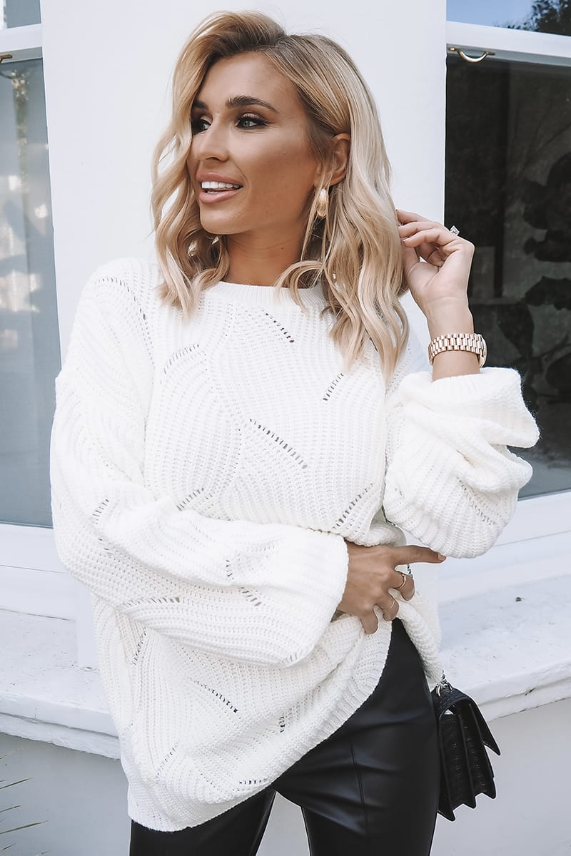 BILLIE FAIERS CREAM SCALLOP KNIT OVERSIZED JUMPER