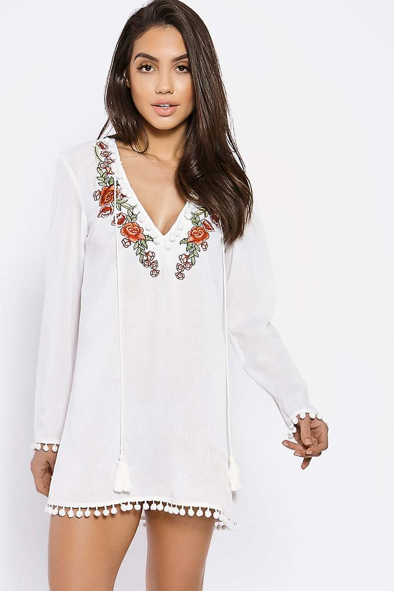 BINKY WHITE POM POM TRIM EMBROIDERED BEACH COVER UP