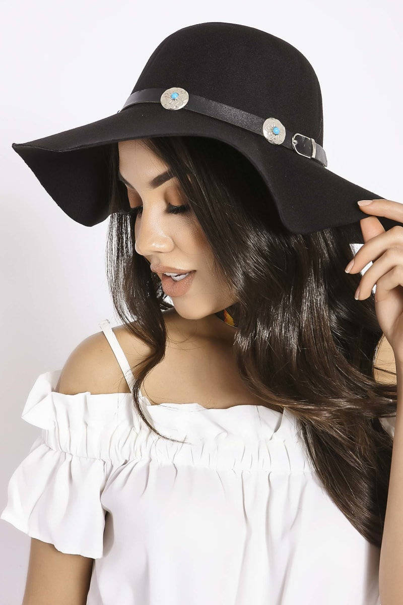 BLACK WIDE BRIM CONCHO DETAIL FEDORA