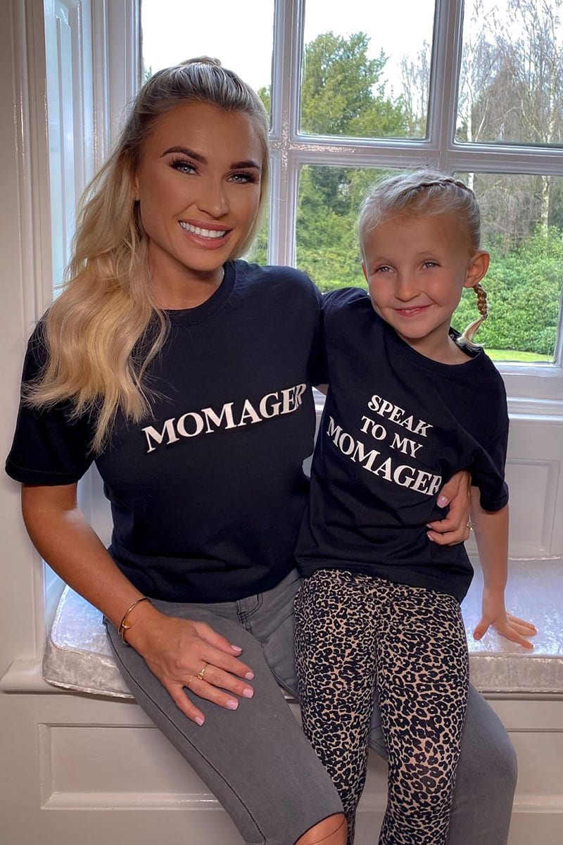 MOMAGER' BLACK T SHIRT