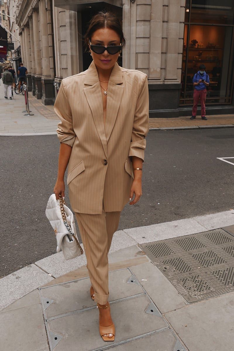 LORNA LUXE CAMEL STRIPE 'BONNIE & CLYDE' CO ORD BLAZER | In The Style (UK)