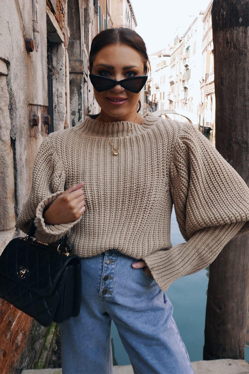 LORNA LUXE CAMEL 'VANITY' EXAGGERATED PUFF SLEEVE JUMPER