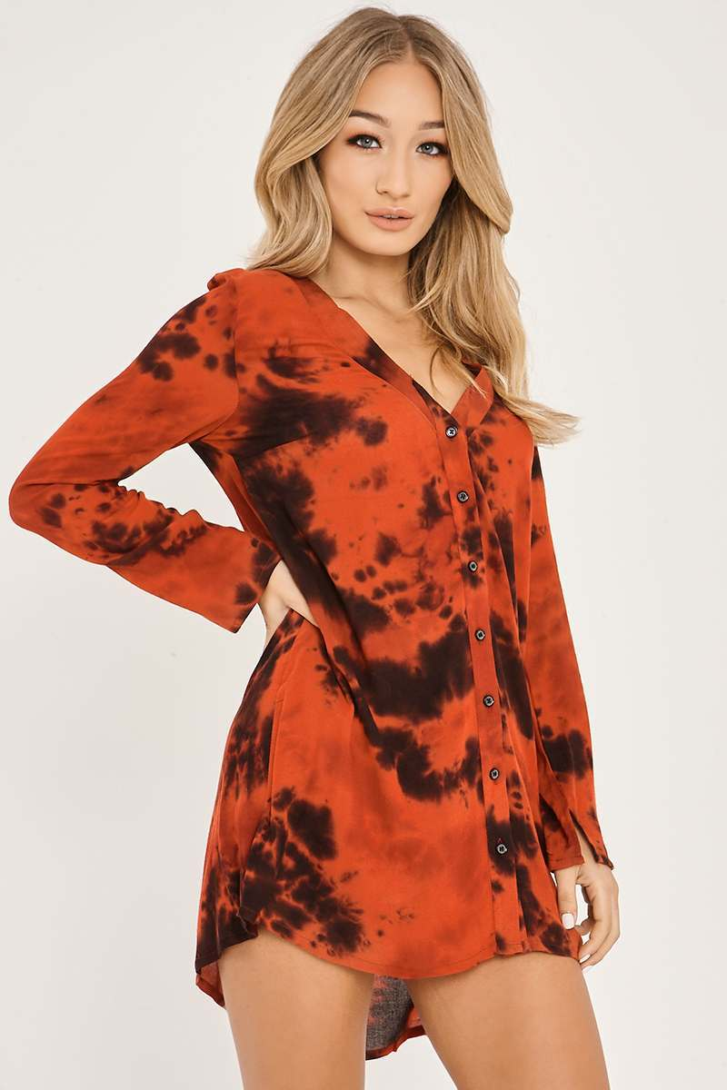 CHARLOTTE CROSBY RED OVERSIZED TIE DIE SHIRT DRESS