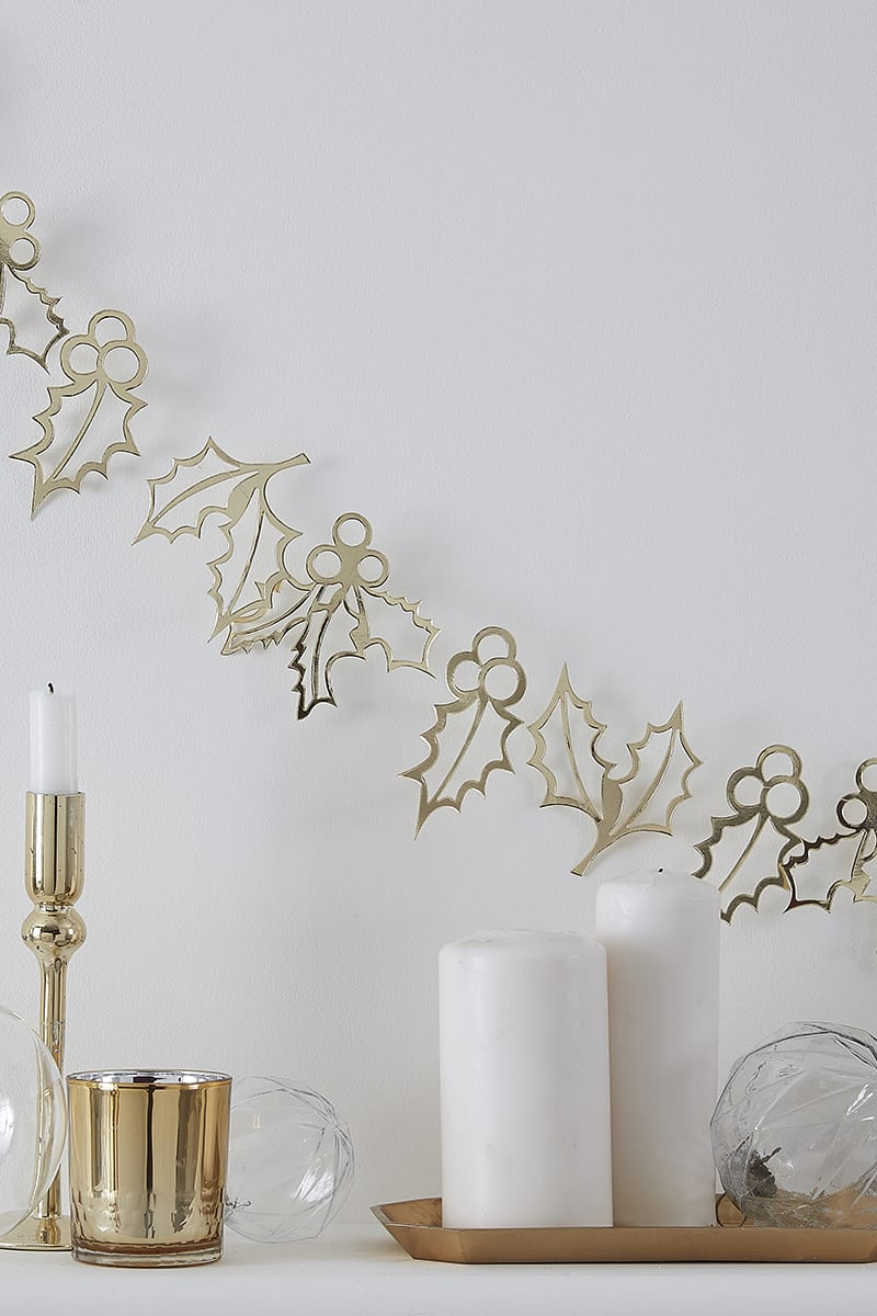 GINGER RAY GOLD METALLIC HOLLY GARLAND