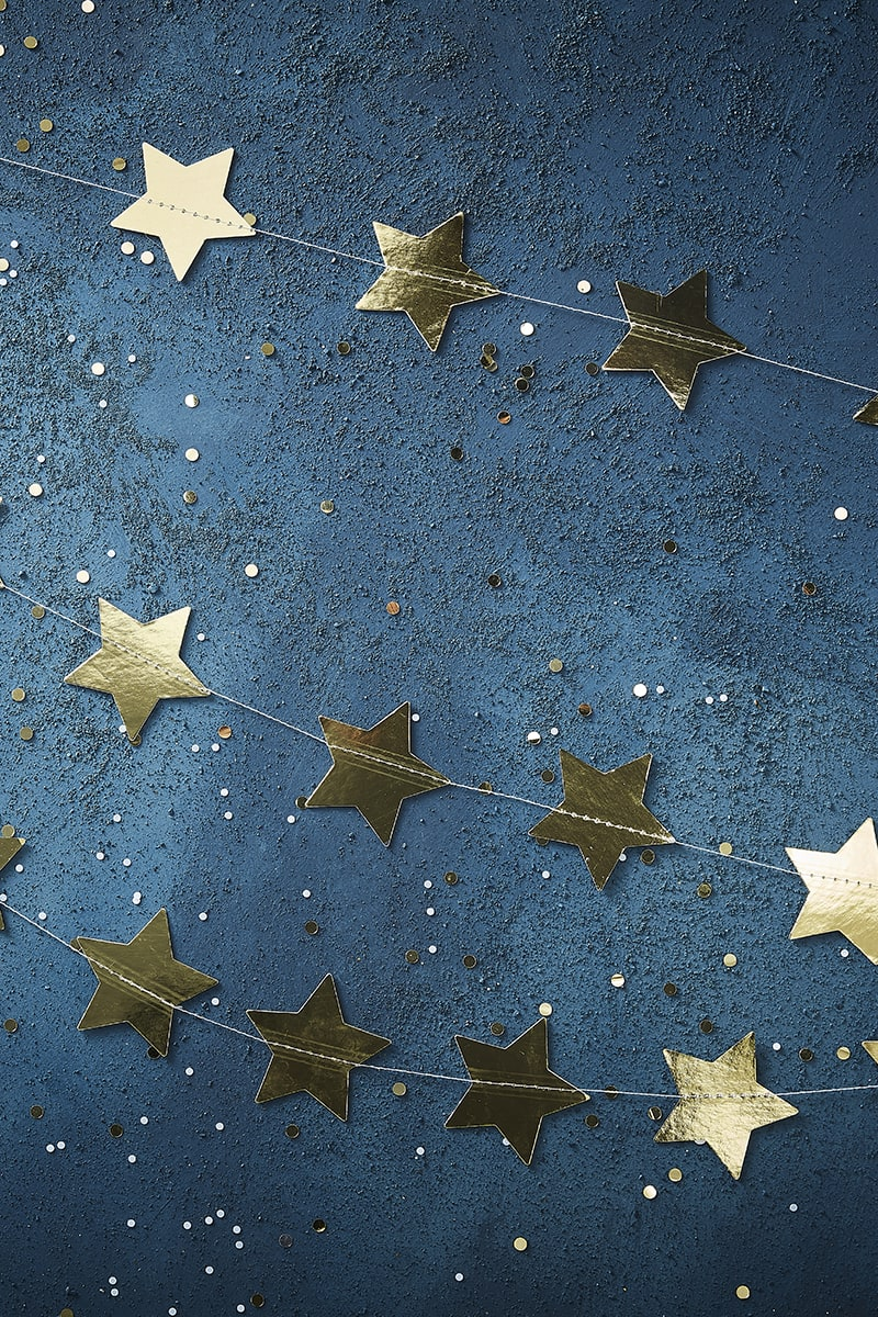 GINGER RAY METALLIC GOLD STAR GARLAND