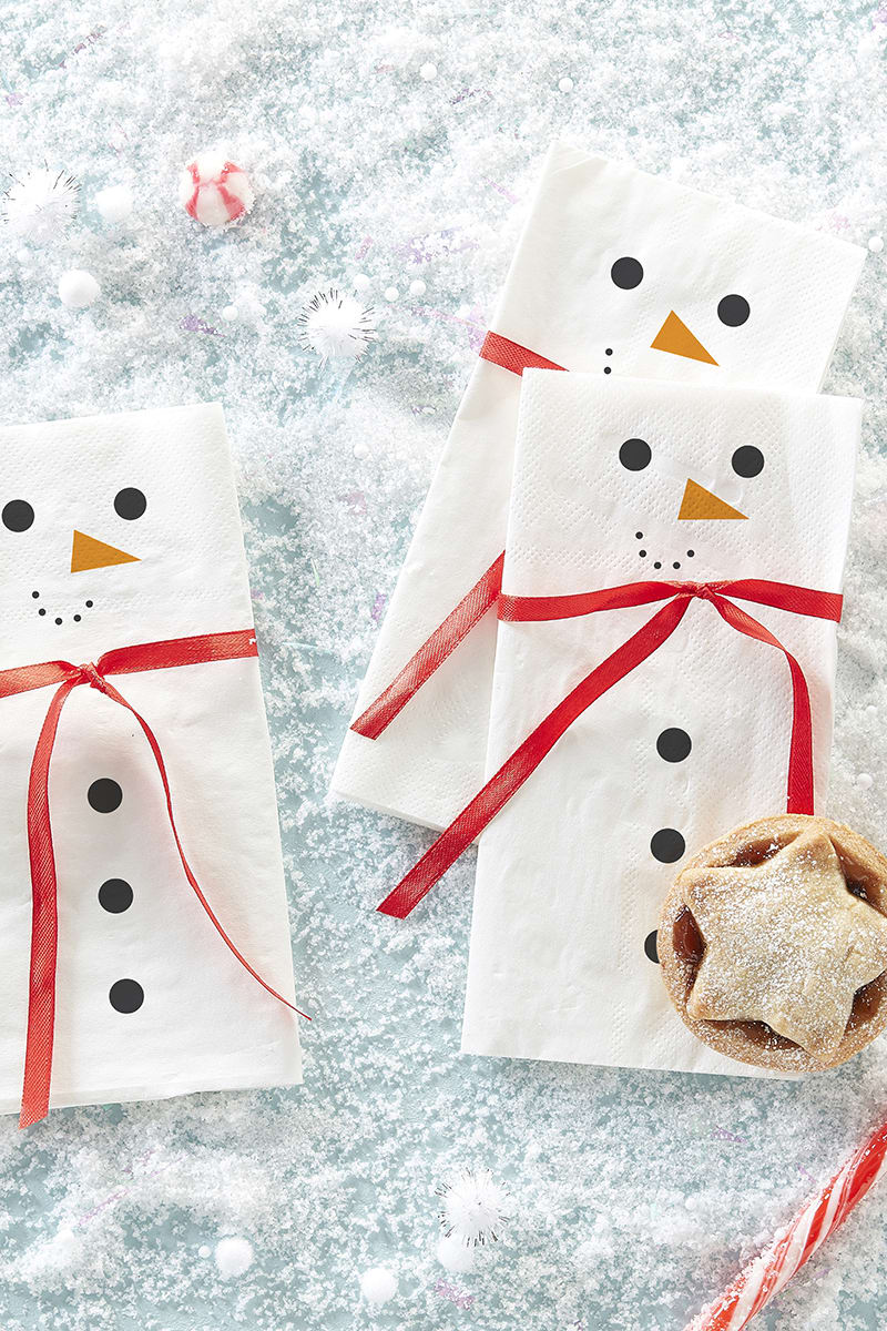 GINGER RAY SNOWMAN NAPKINS