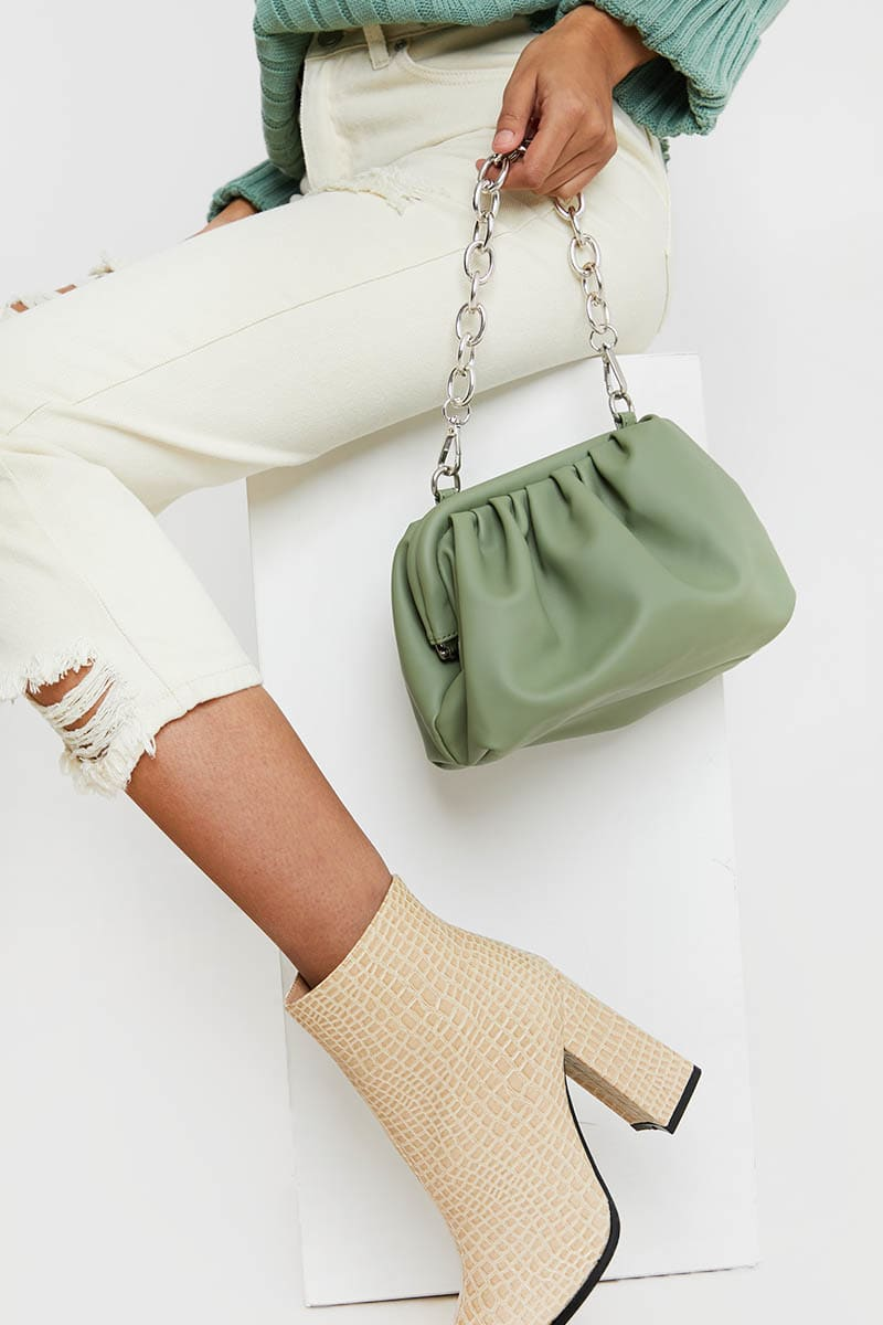 SAGE GREEN GATHERED PU BAG WITH CHUNKY CHAIN