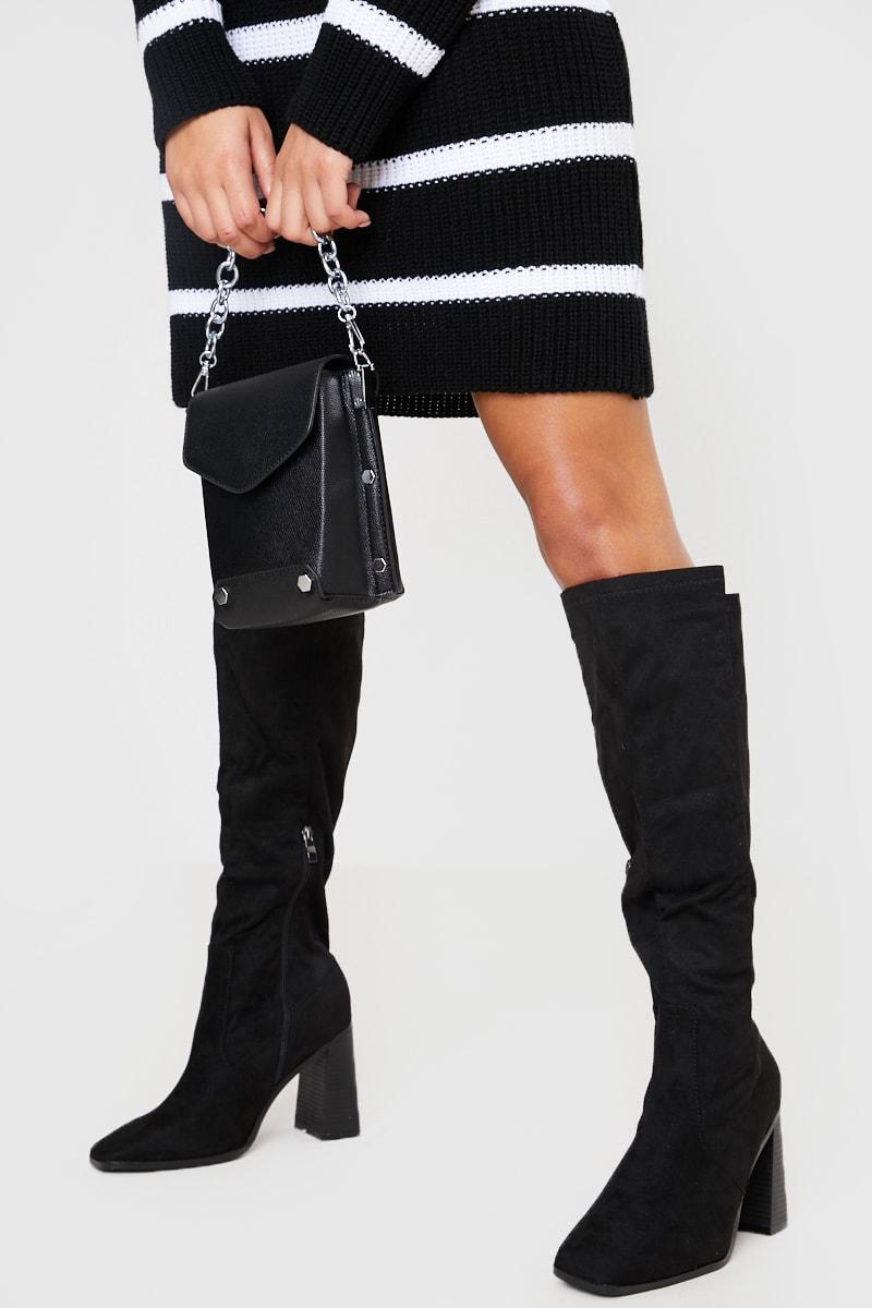 BLACK CHAIN DETAIL MINI PU BUCKET BAG