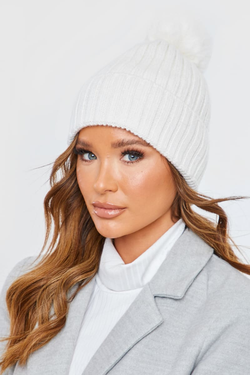 CREAM RIBBED KNITTED BOBBLE HAT