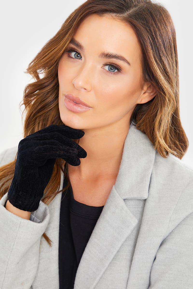 BLACK CHENILLE GLOVES