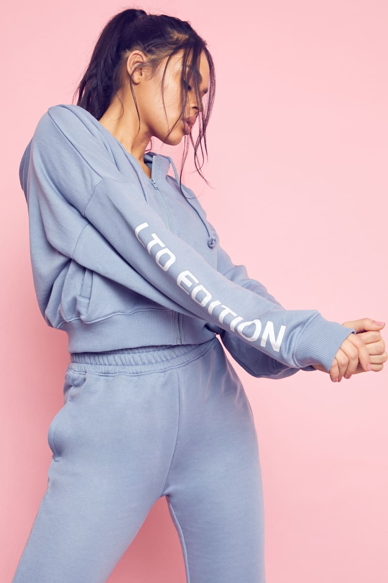 BLUE LTD EDITION ZIP THROUGH OVERSIZED CROPPED HOODIE