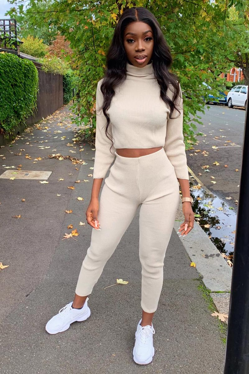 STONE RIBBED LEGGING AND CROP TOP SET