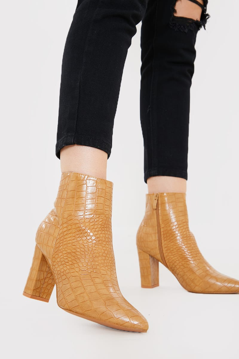 heeled ankle boots pointed
