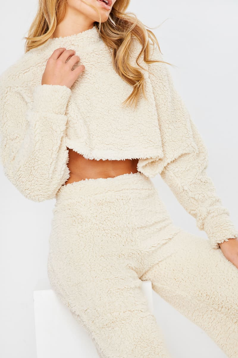 CREAM TEDDY FUR CROP AND TROUSER LOUNGE SET