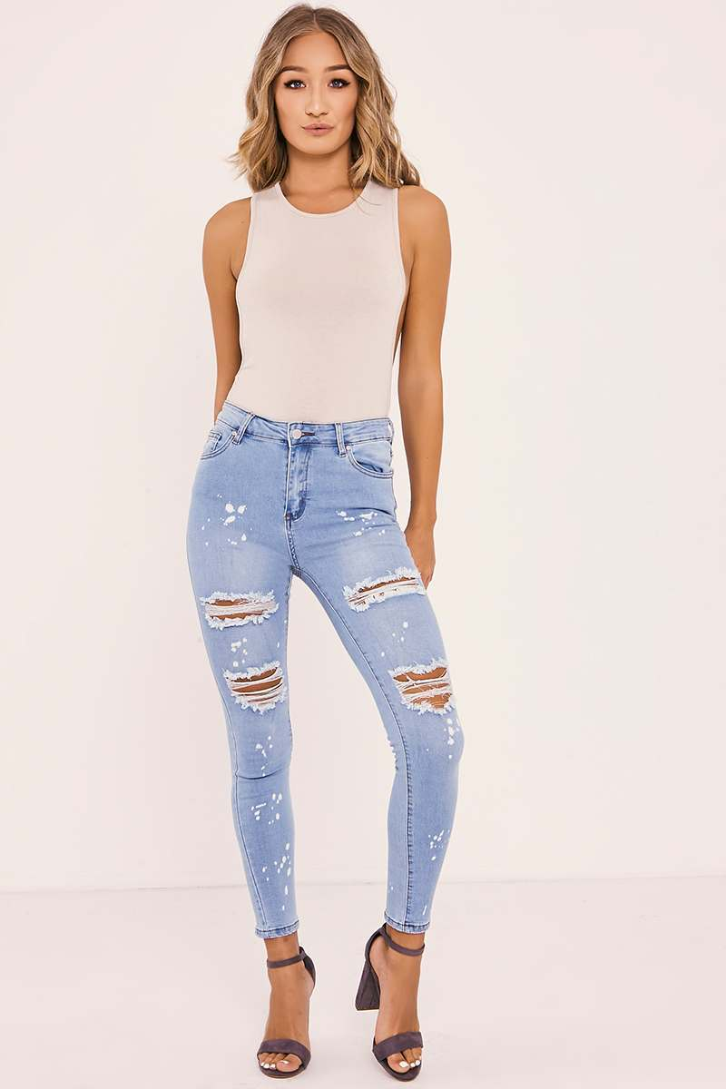 light wash distressed skinny jeans