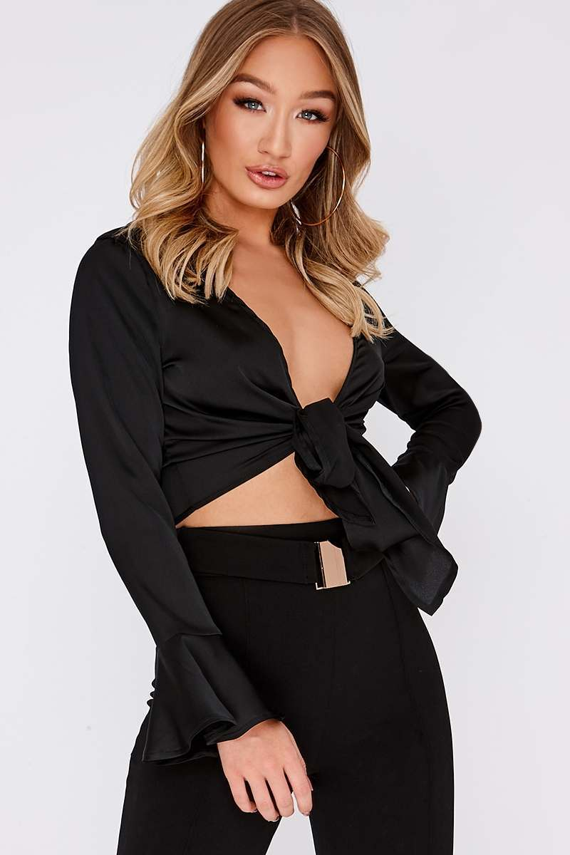 MIKEALA BLACK TIE FRONT CROP TOP