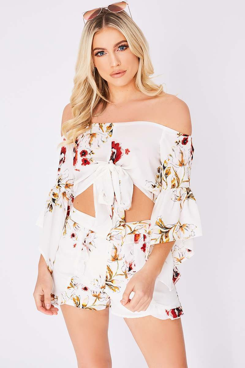 LUCIEE WHITE FLORAL TIE FRONT CROP TOP