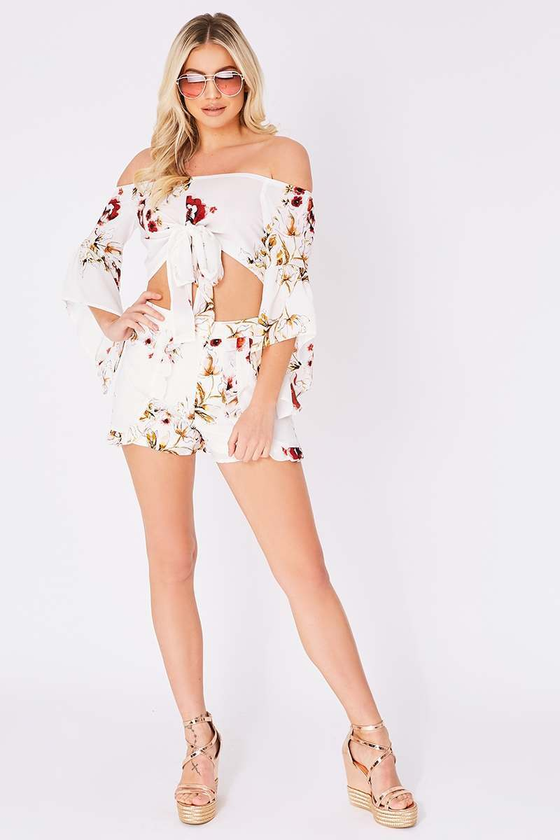 white floral frill detail shorts