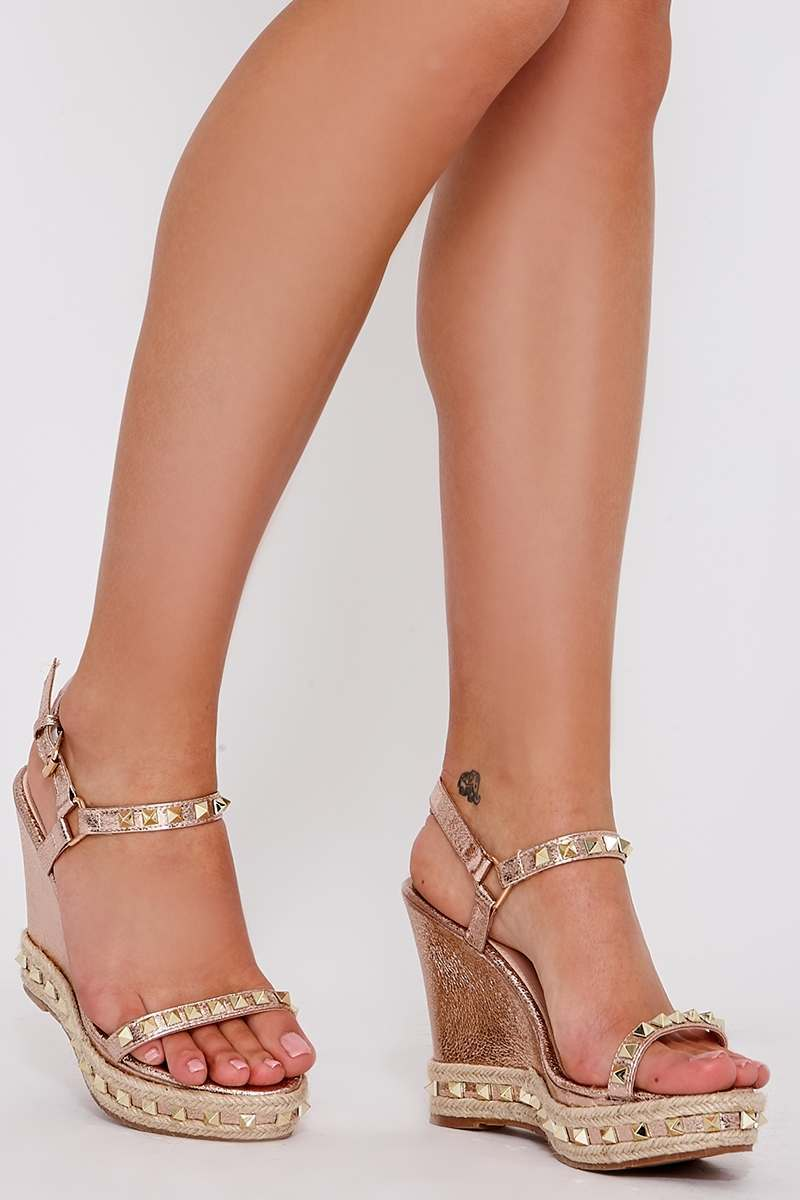 the rose gold faux leather studded wedges