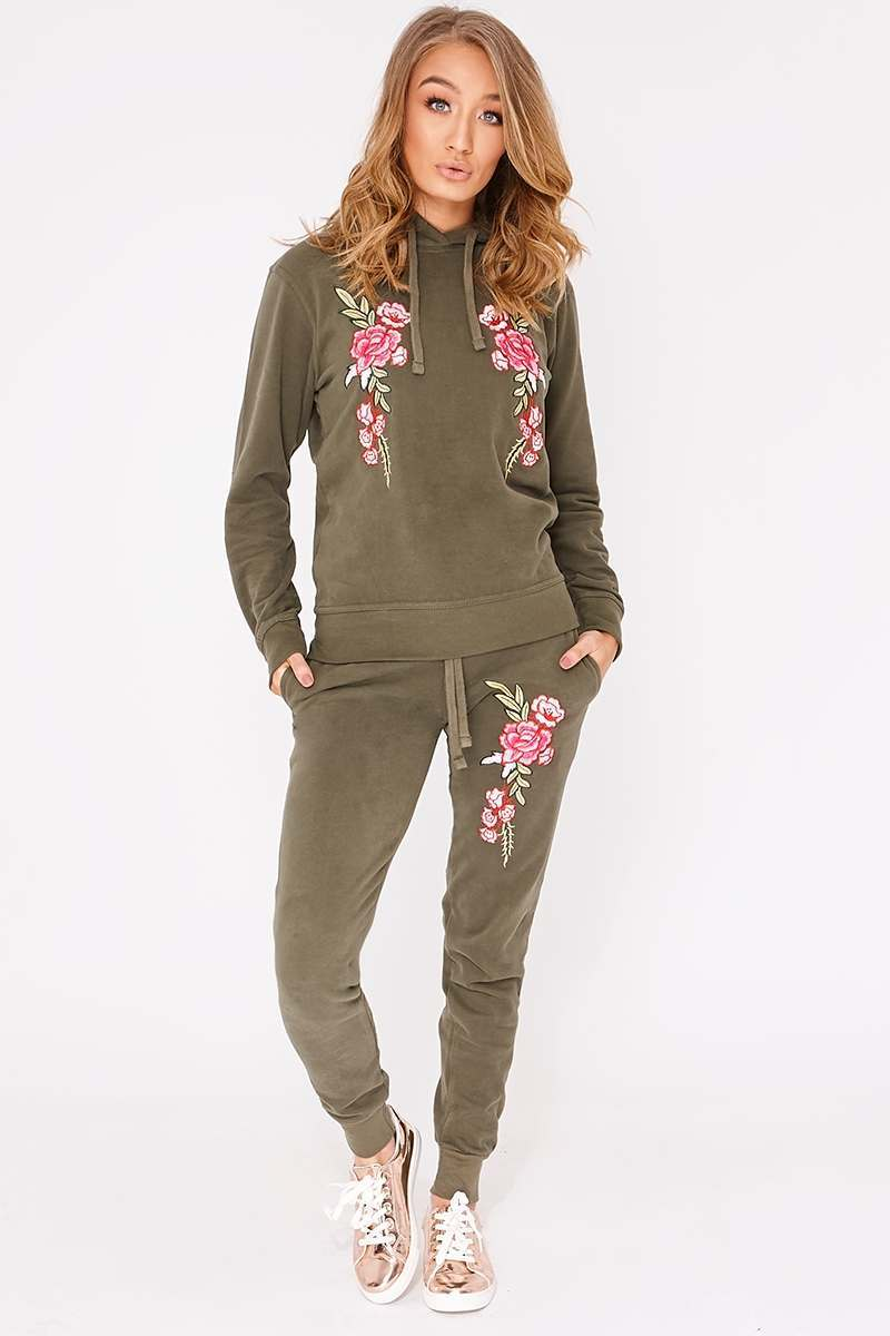 FLOSSIE KHAKI FLORAL EMBROIDERED HOODED LOUNGEWEAR SET