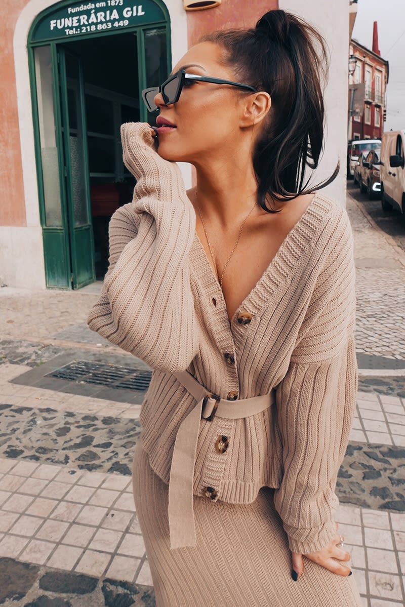 LORNA LUXE 'NO REGRETS' RIBBED BELTED STONE CO-ORD CARDIGAN