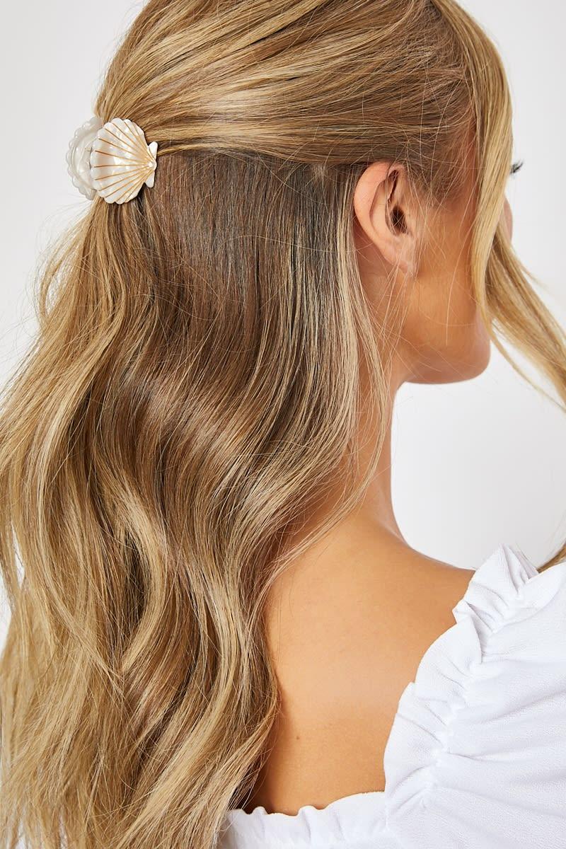 CREAM SHELL HAIR GRIP