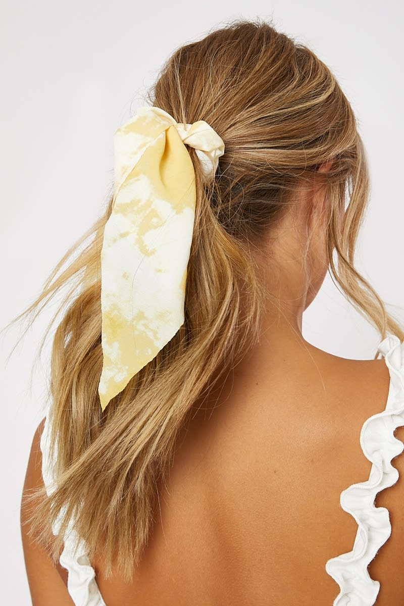 YELLOW TIE DYE SCRUNCHIE