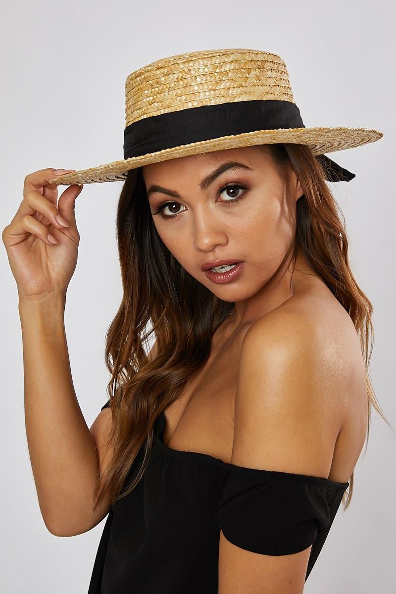 BLACK RIBBON STRAW HAT