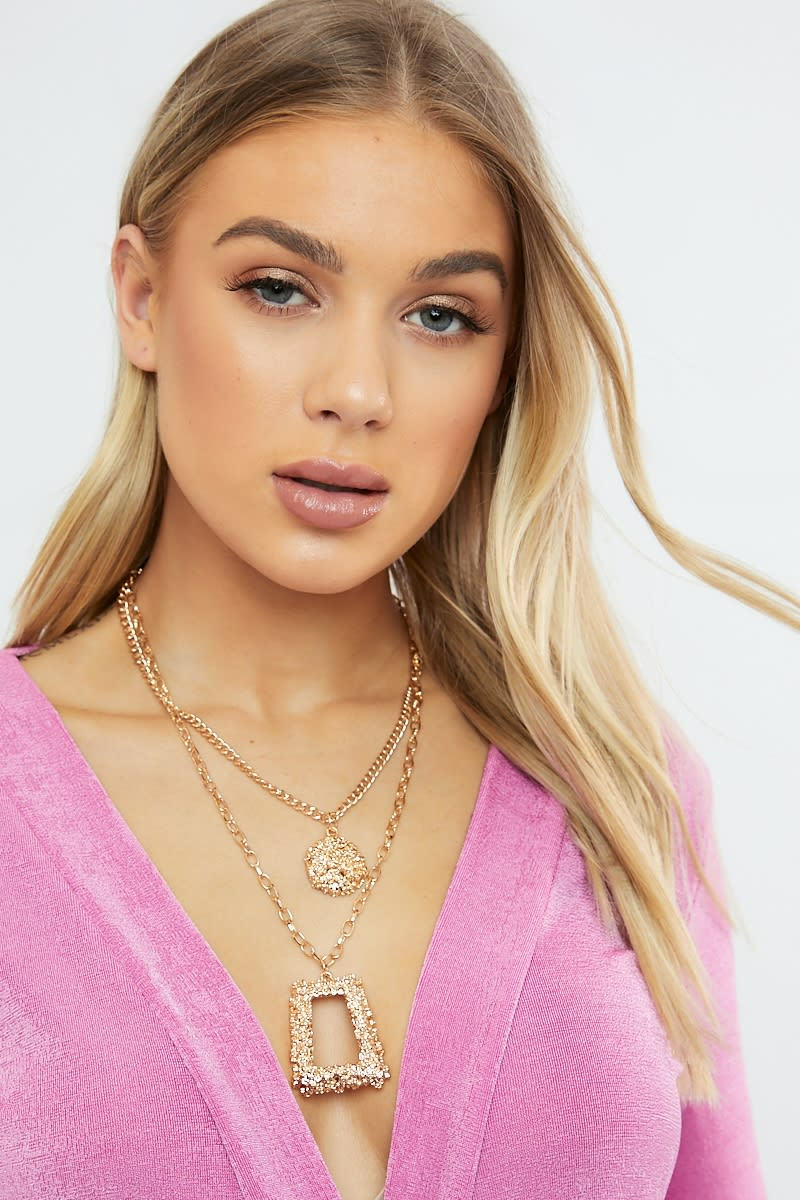 GOLD DOUBLE LAYERED NECKLACE