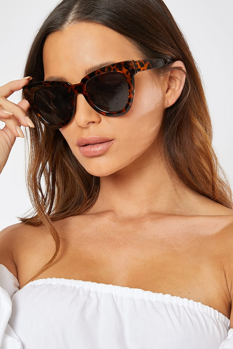 BROWN TORTOISE FRAME SUNGLASSES