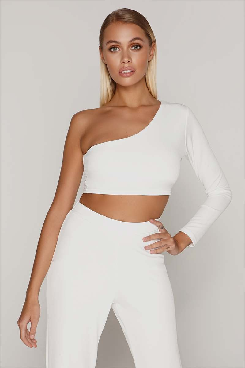 TAMMY HEMBROW WHITE ONE SLEEVE CROP TOP