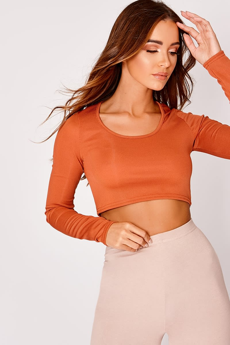 KADI BASIC BURNT ORANGE RIBBED LONG SLEEVE CROP TOP
