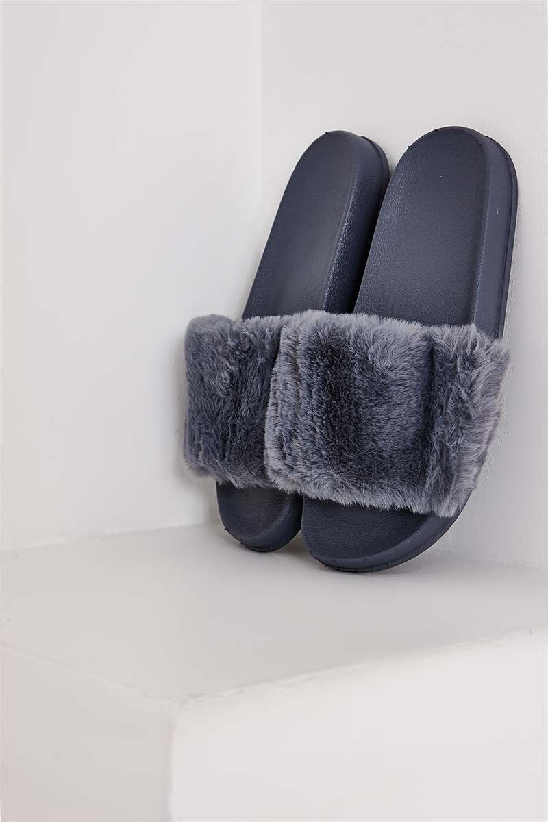 STORMI GREY FAUX FUR SLIDERS