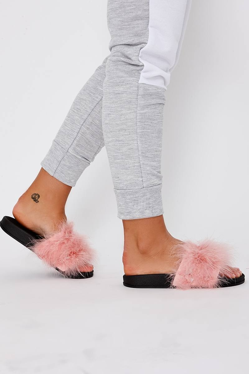KARRIANA BABY PINK EXTREME FLUFFY SLIDERS
