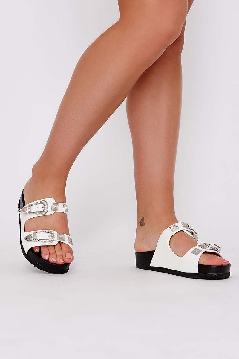 REX WHITE FAUX LEATHER WESTERN BUCKLE SLIDERS