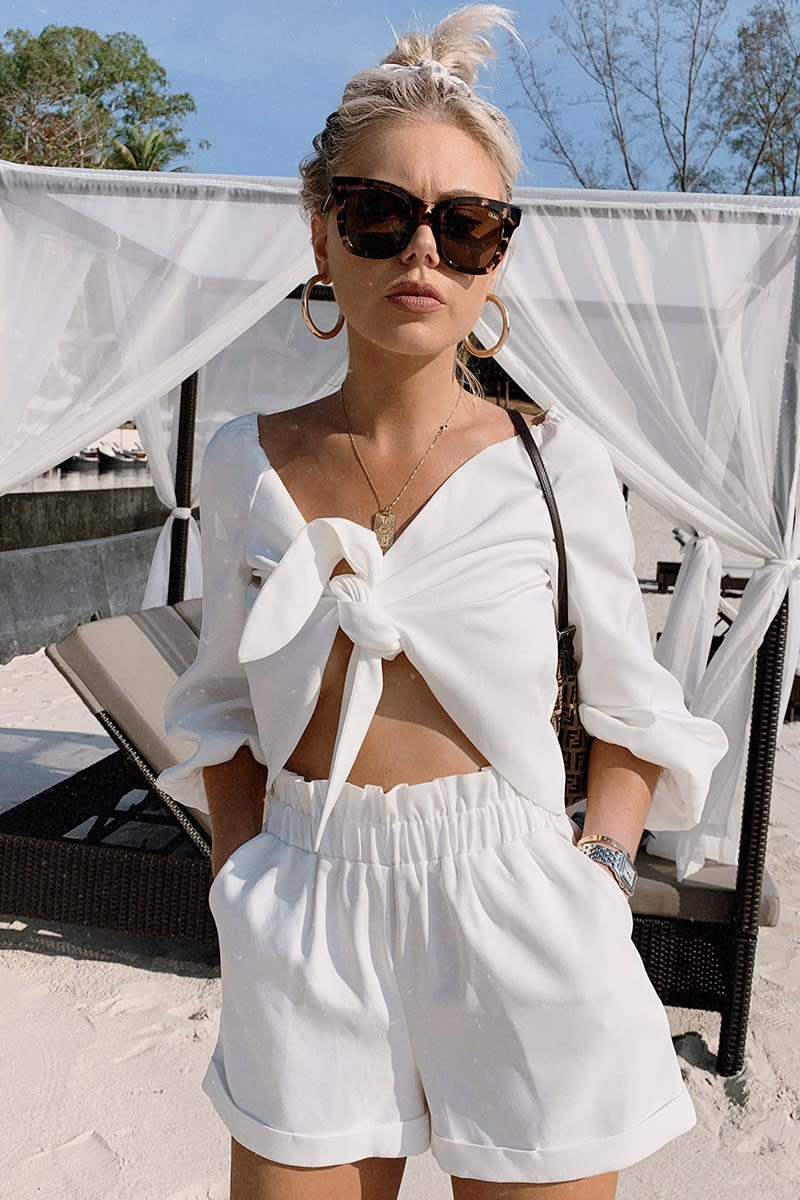 LAURA JADE WHITE HIGH WAIST CO-ORD PAPERBAG SHORTS