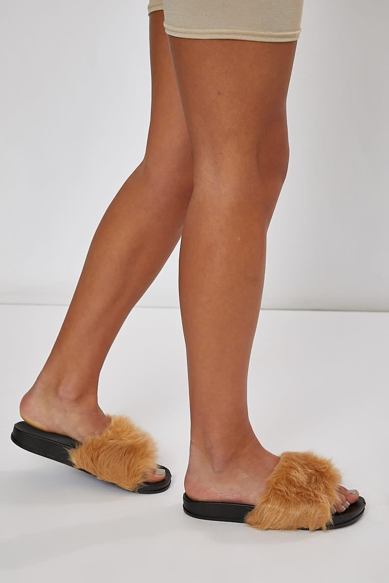 mocha faux fur sliders
