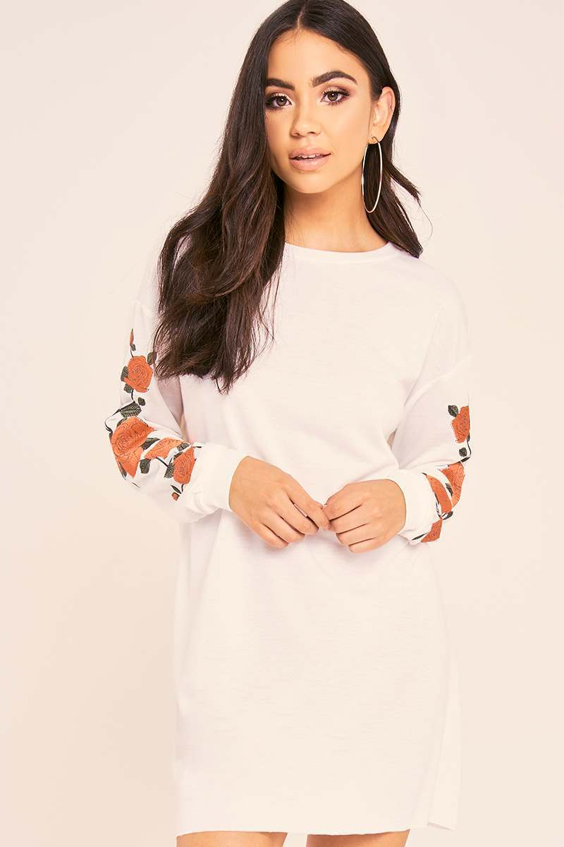 BINKY WHITE FLORAL EMBROIDERED OVERSIZED SWEATER DRESS