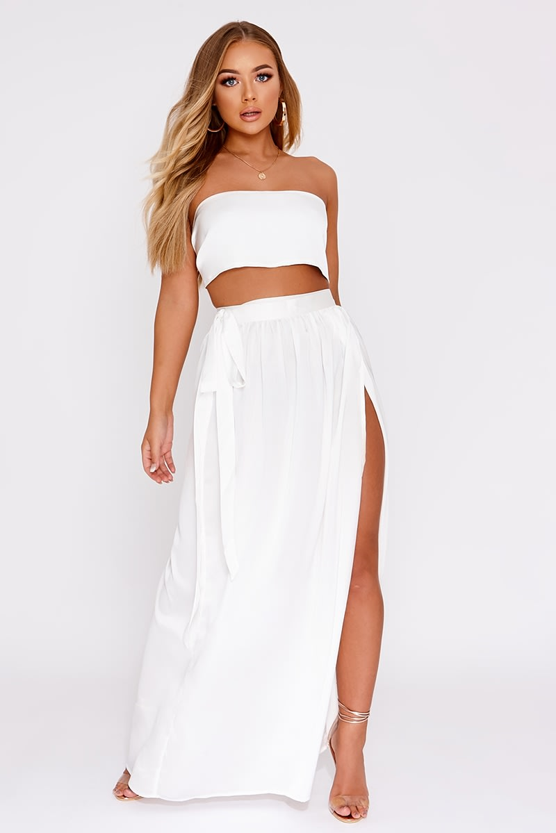 b4c5f91d675e14 Billie Faiers White Satin Thigh Split Maxi Skirt | In The Style