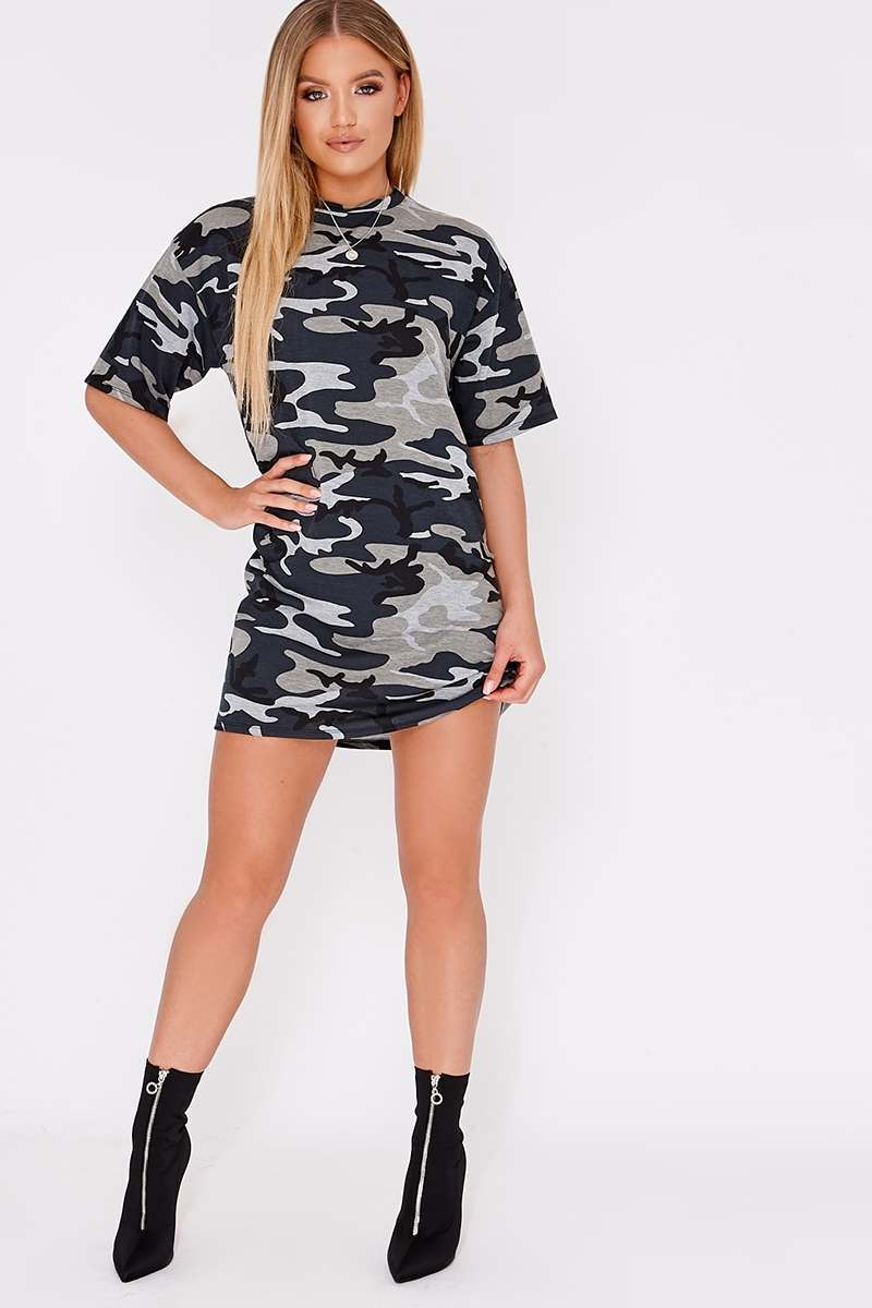 df5ccb93efea2 Camo Oversized T-Shirt Dress | In The Style