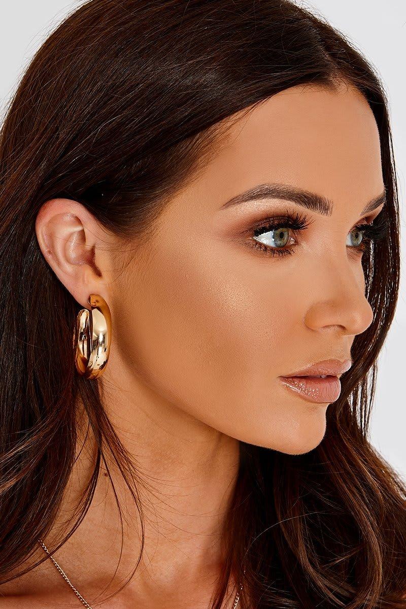 GOLD WIDE CURVED HOOP EARRINGS