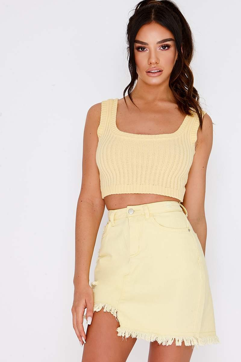 SARAH ASHCROFT LEMON RIBBED KNIT CROP TOP