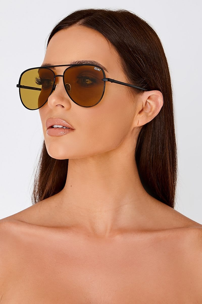 QUAY SAHARA YELLOW TINTED LENS AVIATOR SUNGLASSES