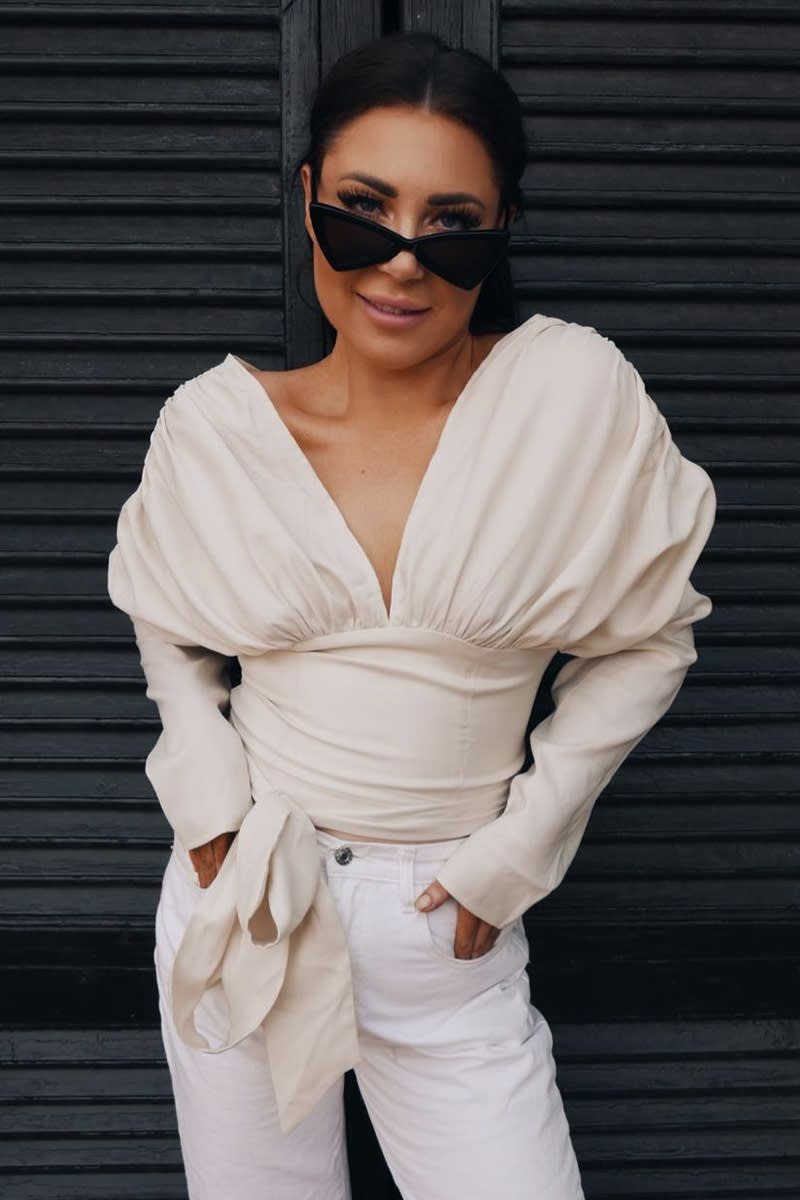 LORNA LUXE 'MADAME ROYALE' CREAM OFF SHOULDER GATHERED PUFF SLEEVE TOP