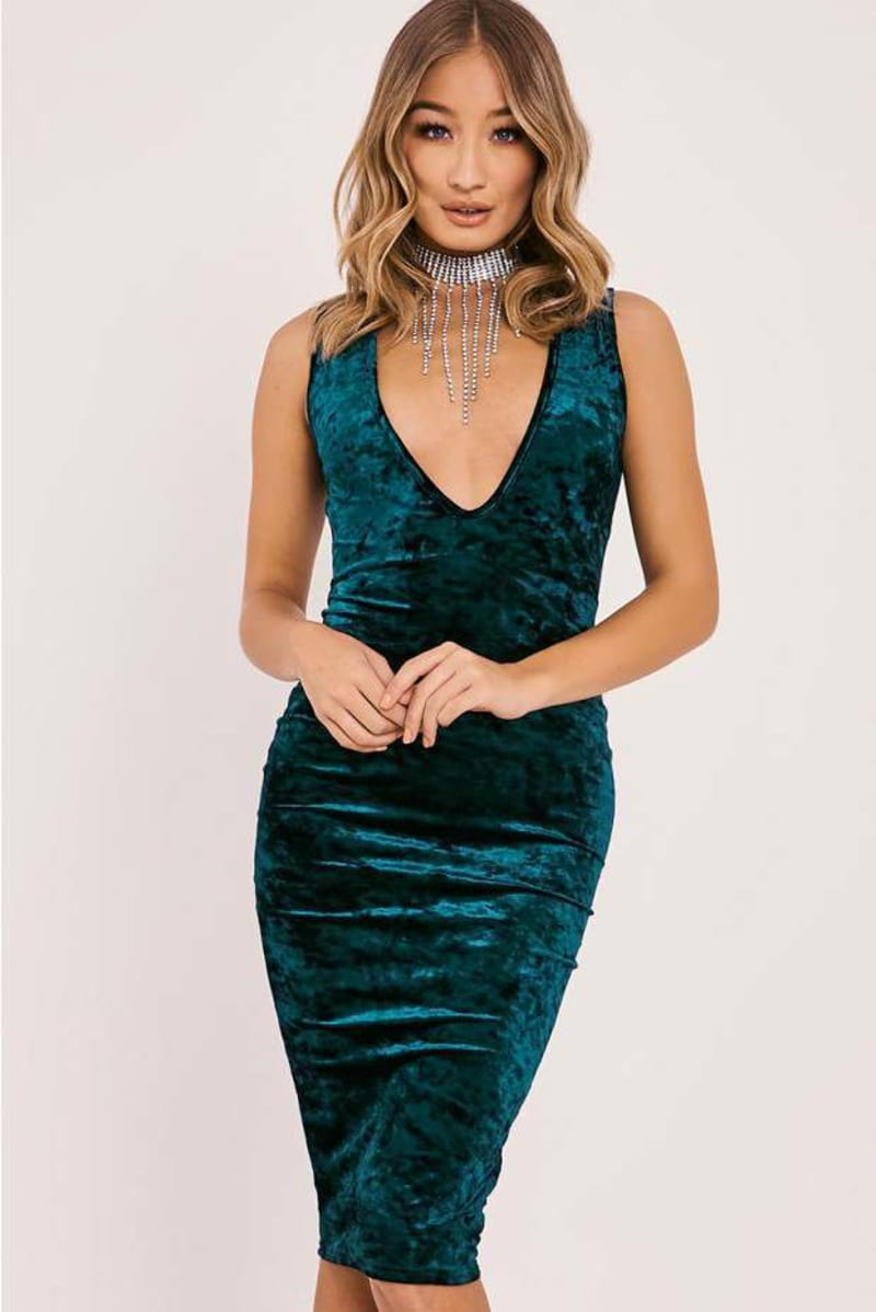 BRYLIE GREEN CRUSHED VELVET PLUNGE MIDI DRESS
