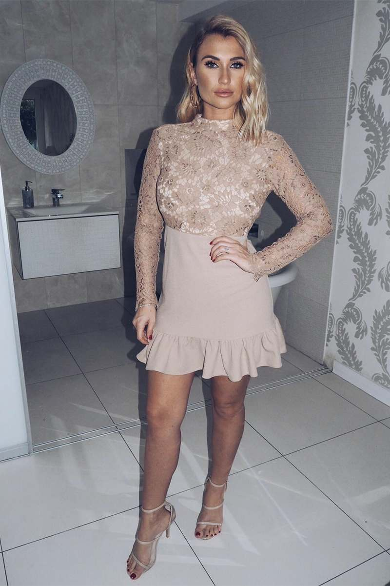 BILLIE FAIERS MOCHA LACE BACKLESS PEPLUM DRESS